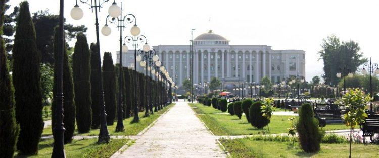 Городской сад Боги Рудаки