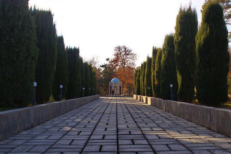 Парк Айни Душанбе