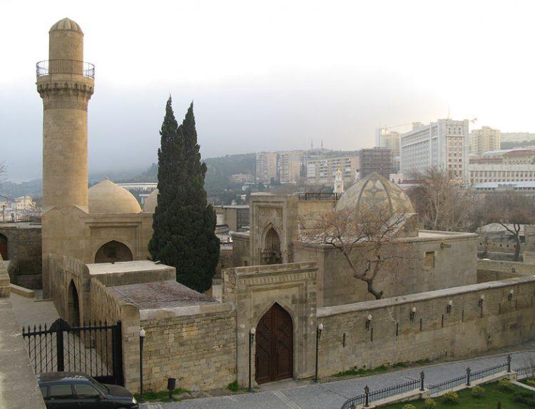 Дворец Ширваншахов в Баку