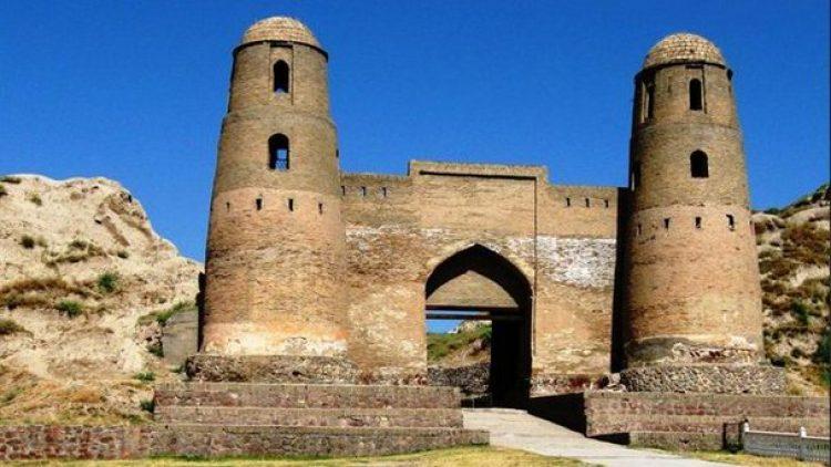 Гиссарская крепость Душанбе