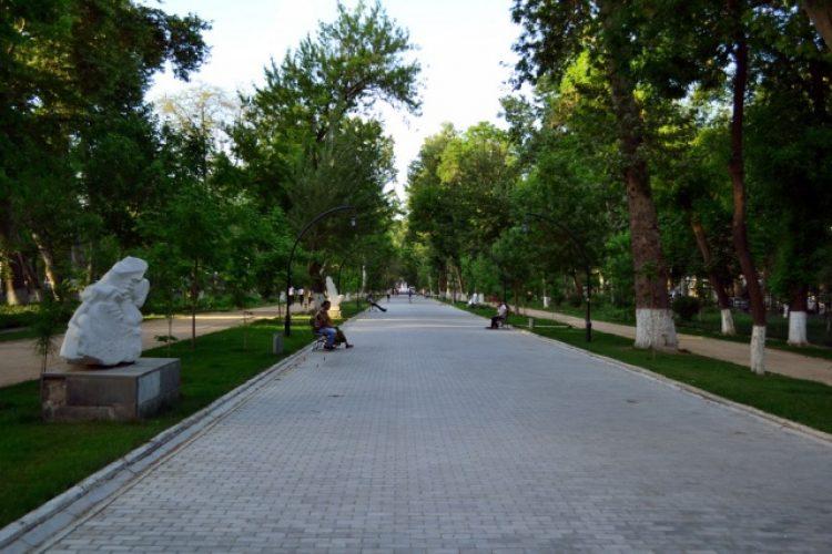 Бульвар в Самарканде