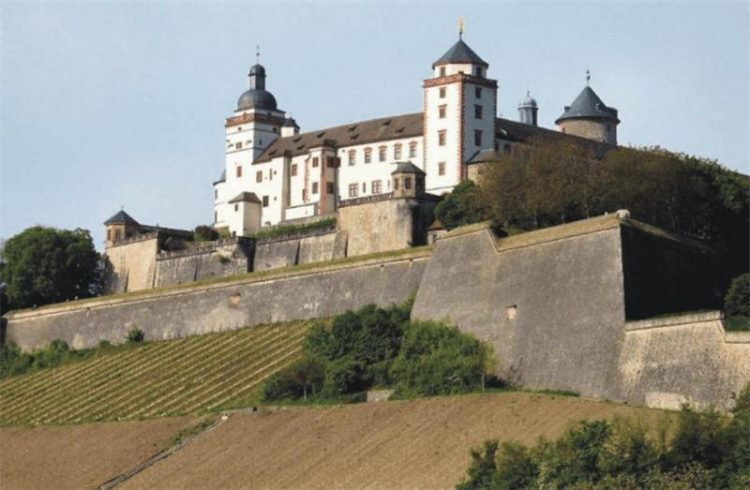 Медвежий замок Штутгарт