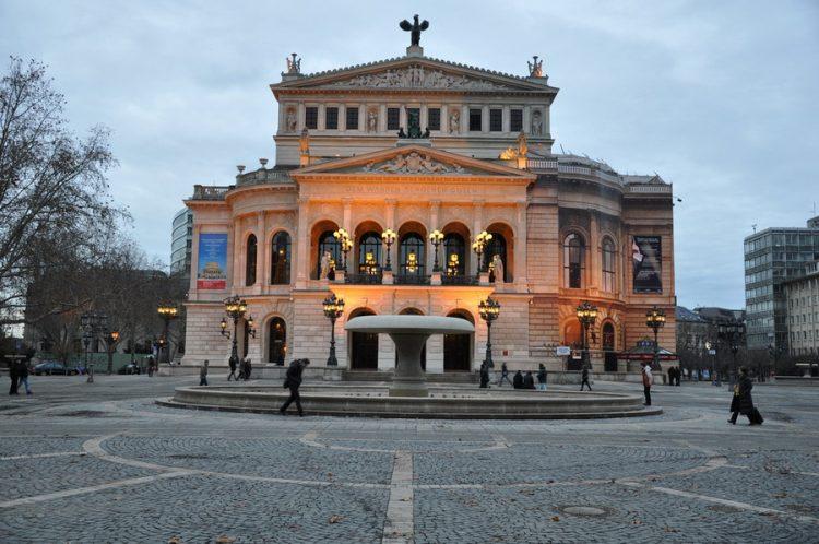 старая опера франкфурт на майне