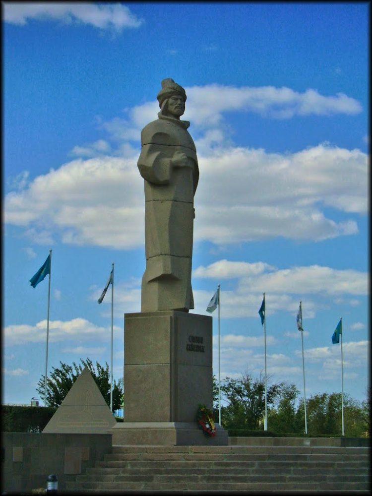 Памятник Султану Бейбарсу