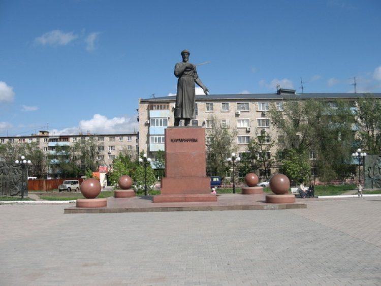Памятник Курмангазы Сагырбайулы (1818 – 1889 гг) Атырау